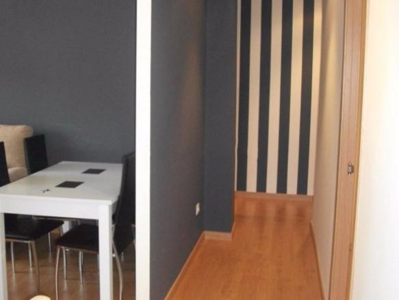 habitacion en piso compartido reformado centro santander