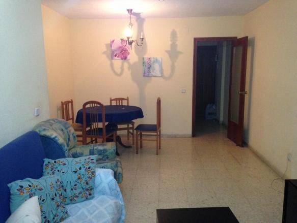 Habitaciones libres en piso de alquiler ideal estudiantes for Alquiler de habitaciones para estudiantes