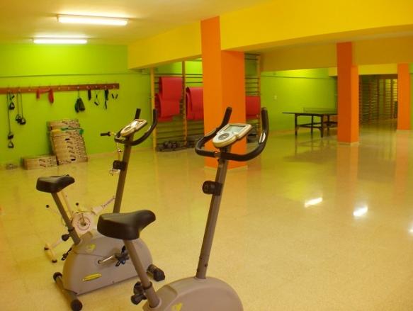 Colegio mayor el carmelo areaestudiantis for Gimnasio 02 huelva